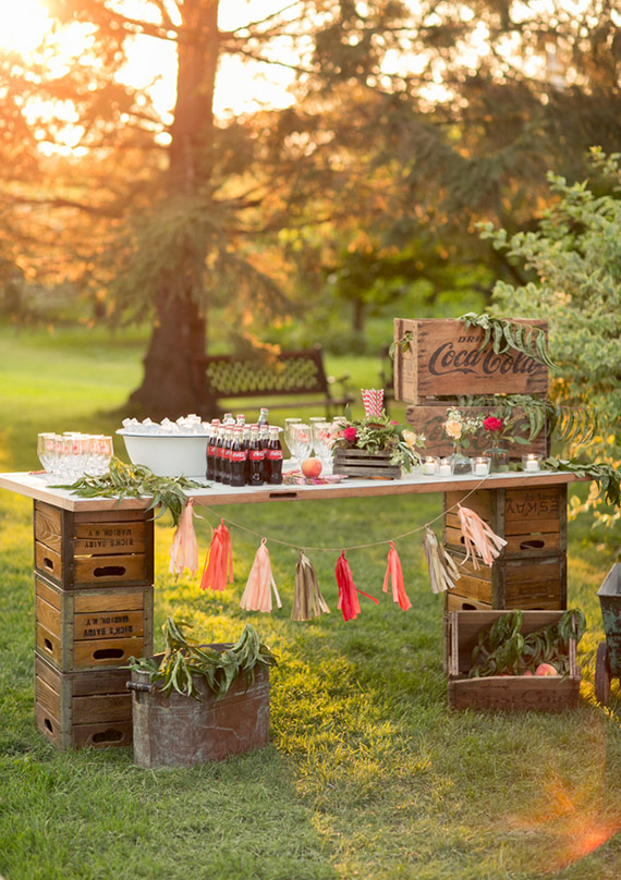 Feature Friday: 24 Uses For Vintage Crates At Weddings